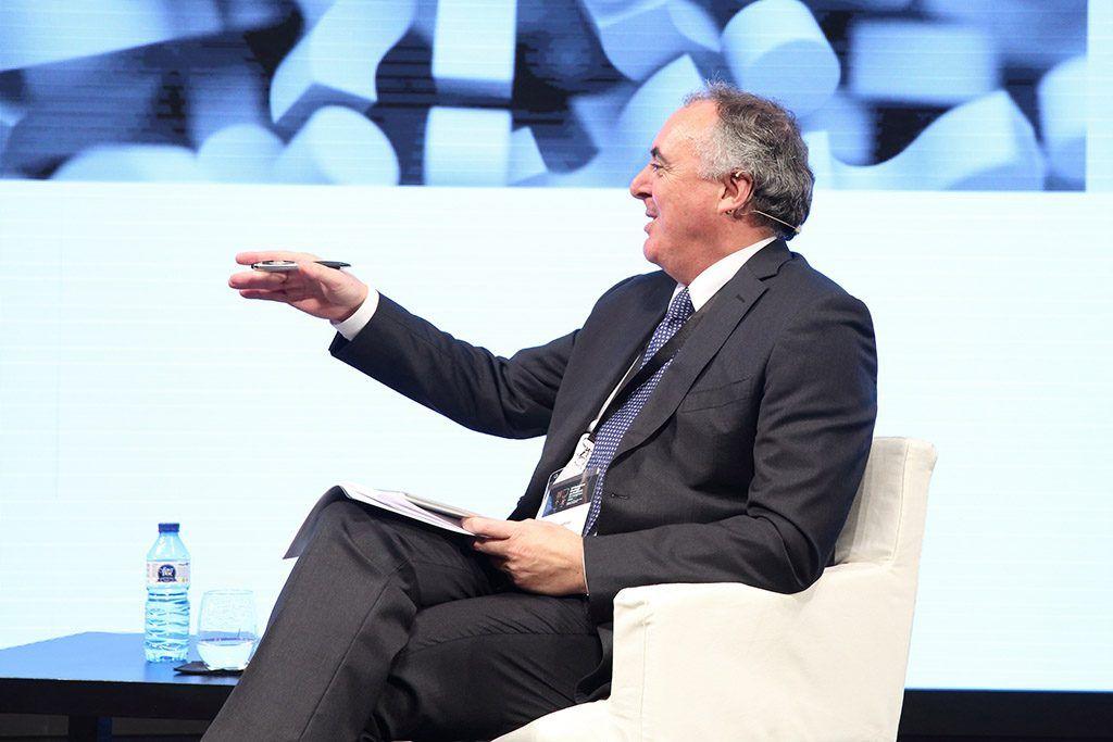 ponente habla en público
