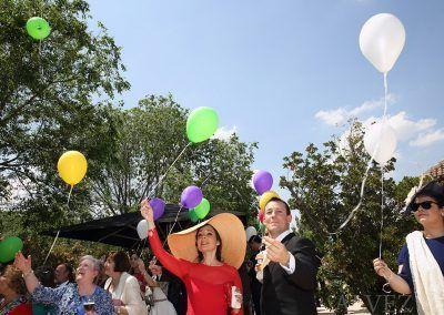 invitados con globos