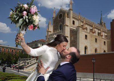 novios-jardin-boda-madrid