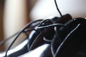 detalle del zapato del novio