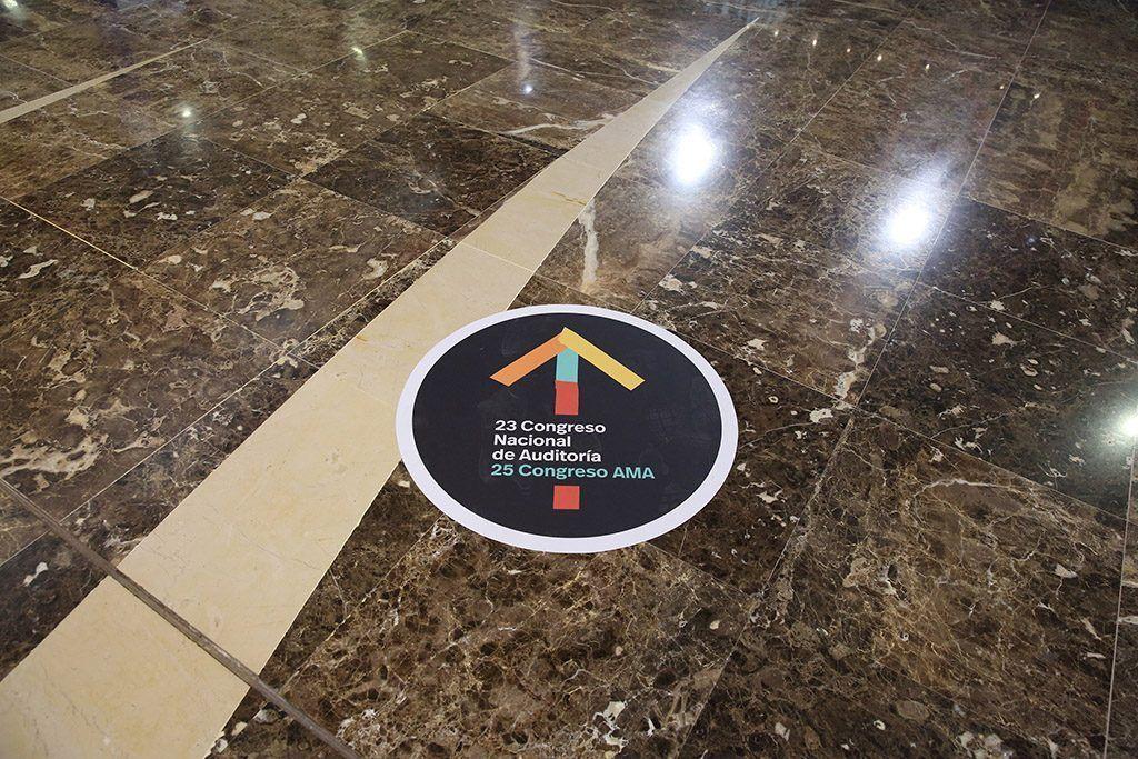 detalle suelo congreso
