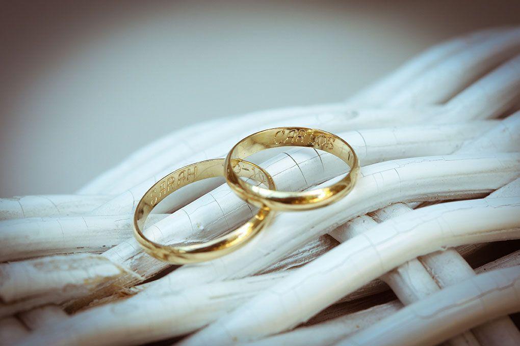 foto de alianza de bodas