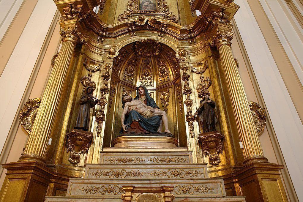 retablo de la piedad